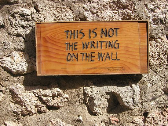 The (UV) Writing's On The Wall